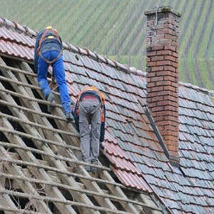 What Are Roof Contractors?